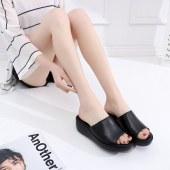 真皮防滑拖鞋