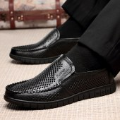 更朵新款头层牛皮休闲洞洞男鞋