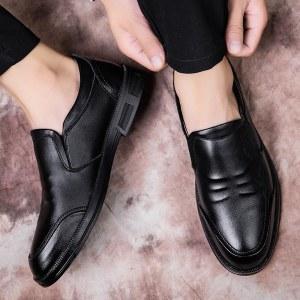 更朵新款男休闲软底皮鞋1337