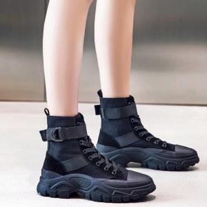 马丁靴女鞋子英伦风短靴百搭女靴秋冬季袜靴子