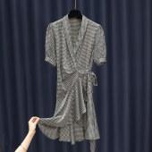 时尚围裹千鸟格裙