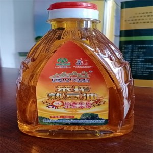 七女峰笨榨大豆油礼盒