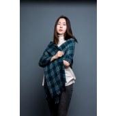 凯妍时尚 羊毛水溶格披肩